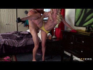 Aaliyah Love - Panty-Sniffer Gets Caught! 720p DVD